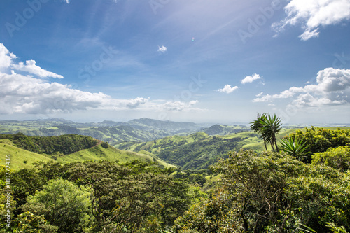 Photo Incredible landscape - Monteverde region - Costa Rica