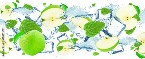 Staande foto Vruchten apple and mint water splash and ice isolated