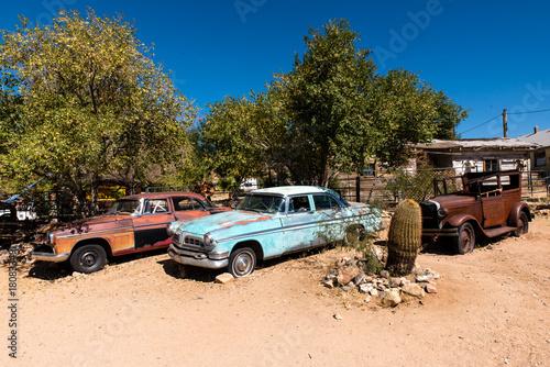 Fotografia, Obraz  Oldtimer an der Route 66 in Arizona