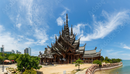 Foto  Sanctuary of Truth in Pattaya, Thailand