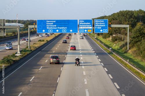 Photo German highway in Frankfurt, Germany