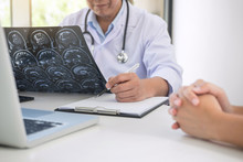 Professor Doctor Report And Recommend A Method With Patient Treatment
