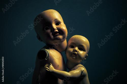 Fotografia, Obraz Pair of creepy dolls