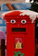 Mailbox, Yate, England – Nov...
