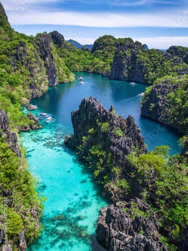Photo sur Toile Lieu connus d Asie El Nido in Palawan, Philippines, aerial view of beautiful lagoon and limestone cliffs.