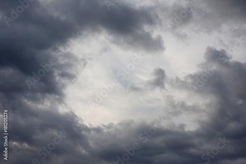 空と雲「空想・雲のモンスター(...