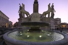Fontana Dei Dioscuri, Quirinal...