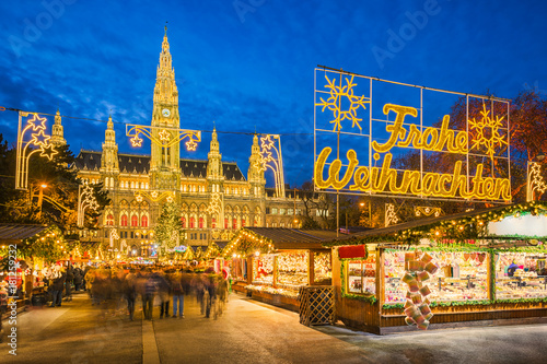 Christmas market in Vienna, Austria Canvas Print