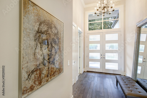White sophisticated foyer entry design with glass doors. Canvas-taulu