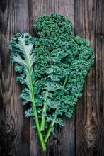 Fresh Raw Green Superfood Kale...