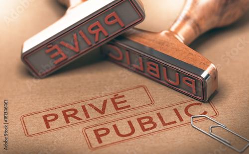 Obraz Public Versus Privé. Choix Fonction Publique ou Secteurs Privés - fototapety do salonu