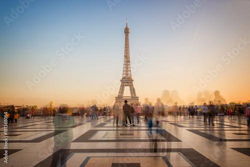 Printed kitchen splashbacks Eiffel Tower Blurred people on Trocadero square admiring the Eiffel tower at sunset, Paris, France