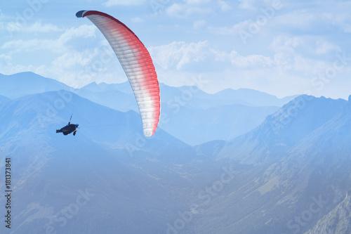 Foto op Canvas Luchtsport Paraglider, Slovakia, Tatra Mountains, Dolina Cicha Liptowska Valley
