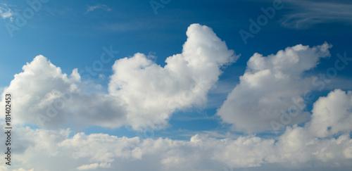 Foto op Plexiglas Hemel Fluffy,swirling clouds in the blue sky.