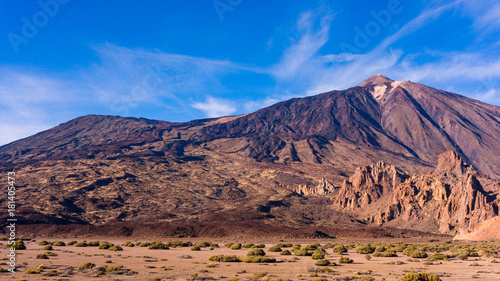 Foto op Plexiglas Canarische Eilanden landscape with mount Teide in Teide National Park - Tenerife, Canary Islands
