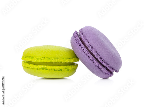 macaroons or macaron on white background, Dessert Tableau sur Toile