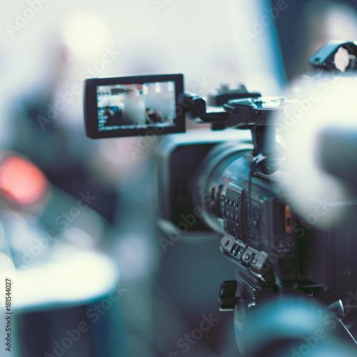 Fotografía Camera at a media conference