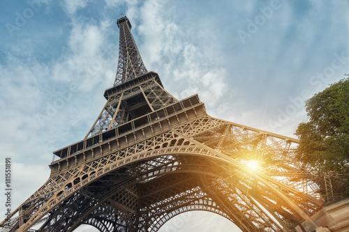 Fototapeta The Eiffel Tower in Paris, best Destinations in Europe obraz na płótnie