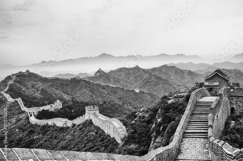 Great Wall (B&W)