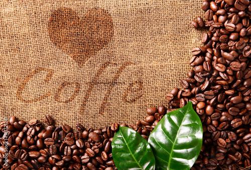 tlo-z-ziaren-kawy