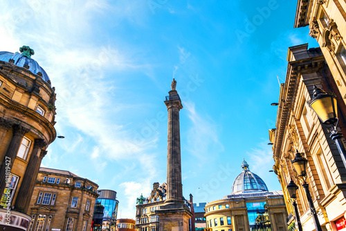 Foto auf Leinwand Historische denkmal Charles Grey Monument in Newcastle upon Tyne, UK during the day