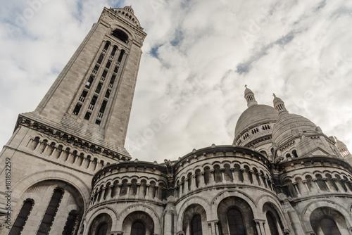 Foto op Aluminium Eiffeltoren Sacre Couer Basilica in Paris, France, in late October