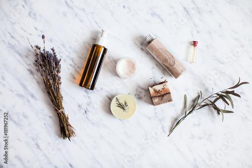 Photo  Organic cosmetic flat lay