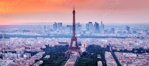 Poster Tour Eiffel Paris, France. Charming sunset city skyline.