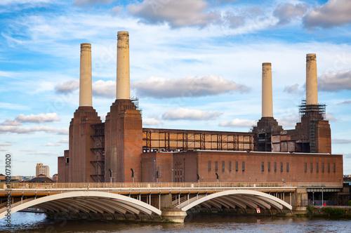Abandonded Battersea Power Station and Grosvenor Bridge over the River Thames in Wallpaper Mural