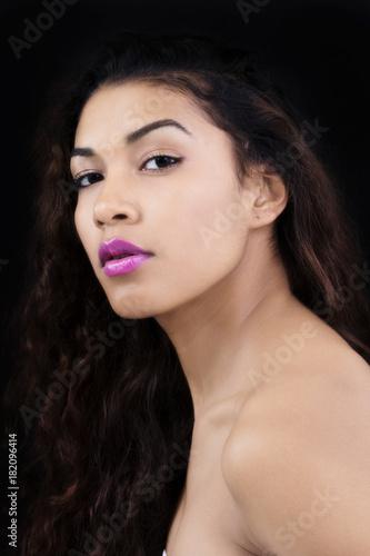 Fotografie, Obraz  Bare Shoulders Portrait Attractive Latina Woman Dark Background