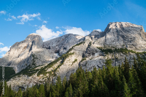 Foto auf Gartenposter Gebirge Il massiccio della Marmolada, Passo Fedaia, Trentino Alto Adige, Italia