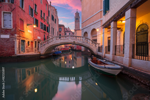 Poster Venice Venice. Cityscape image of narrow canals in Venice during dramatic sunset.