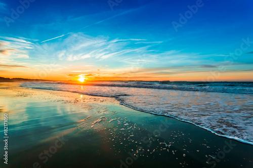 Foto op Canvas Zee zonsondergang Blue Sunset