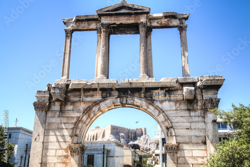 Photo  The Athens gate in Athens, the capital of Greece