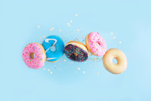 Flying Doughnuts - Mix Of Mult...