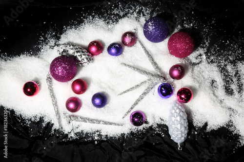 Christbaumkugeln Rosa.Lila Und Rosa Christbaumkugeln Buy This Stock Photo And