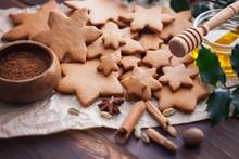 Christmas Baking Gingerbread H...