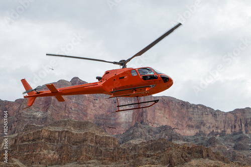 Poster Helicopter In flight over the skies of Arizona