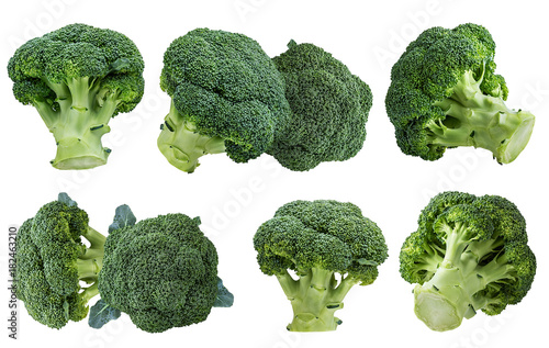 Photo  Fresh broccoli isolated on white background with clipping path set