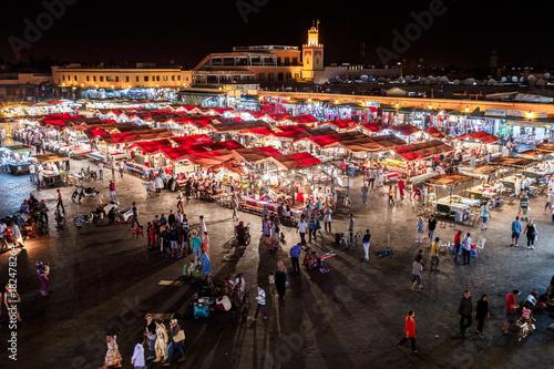 Fotomural  Jemma el Fnaa or Djemma el Fna famous square in Marrakesh, Morocco