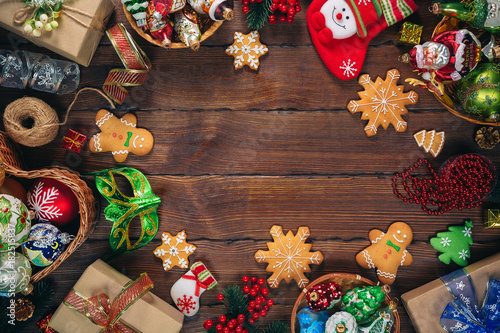 Christmas background with gingerbread, decorations and gift boxes ...