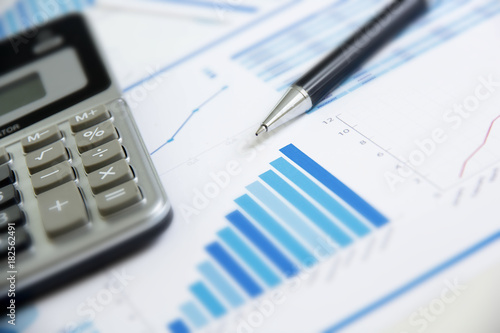 Fotografia  verifica, analisi, economia, statistiche