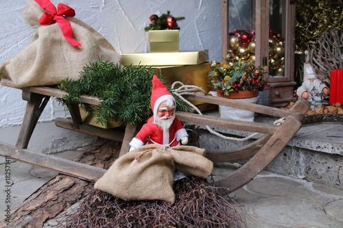 Weihnachtsdeko Vor Der Haustür