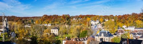 Le village de Pierrefonds