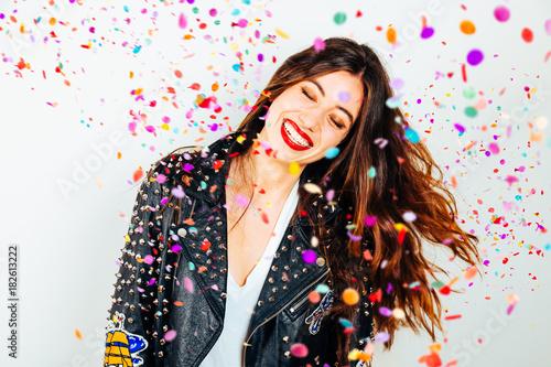 Obraz Happy party woman with confetti - fototapety do salonu