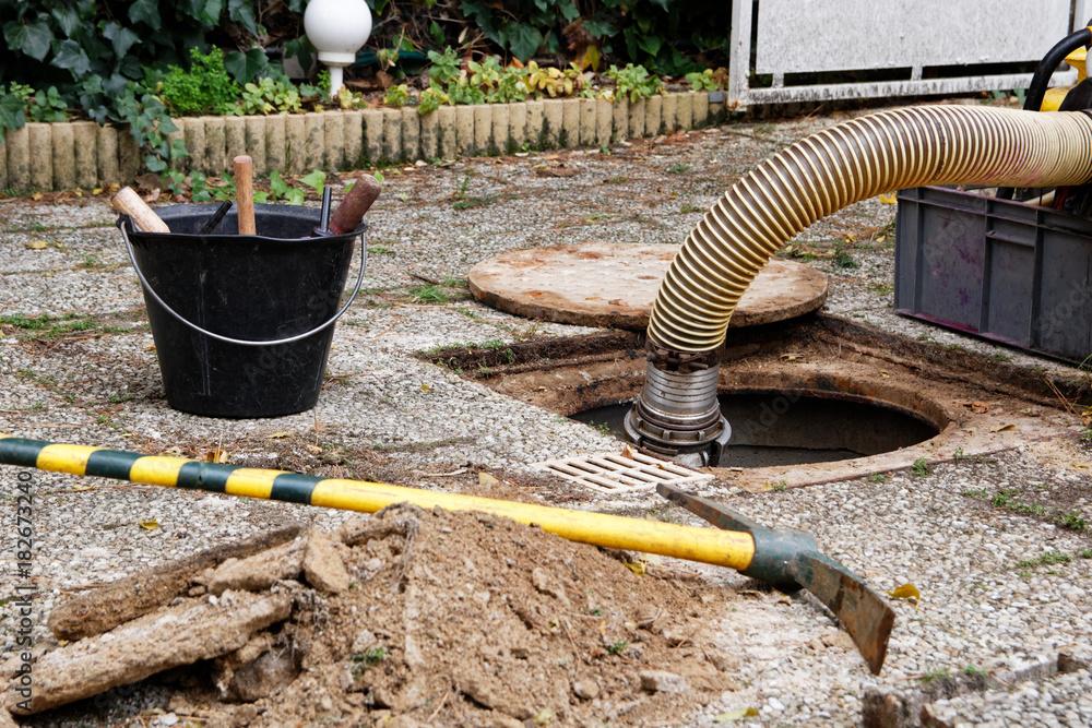 Valokuva  Controle des raccordements et branchements d'assainissement au réseau des eaux u