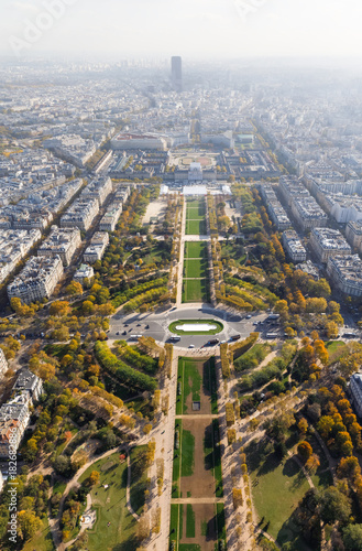Papiers peints Paris Aerial view on Paris city and Field of Mars