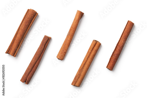 Cinnamon Sticks Isolated on White Background Fototapete