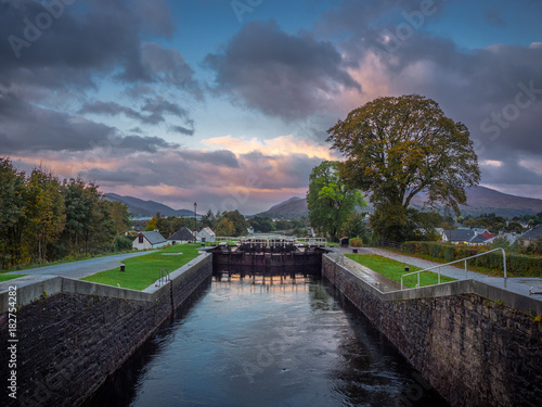 neptunes staircase, fort william Canvas-taulu
