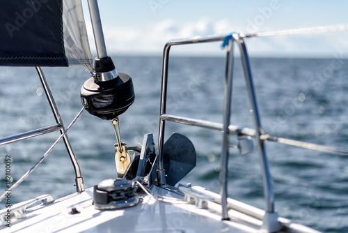Foto  Bug einer Segelyacht